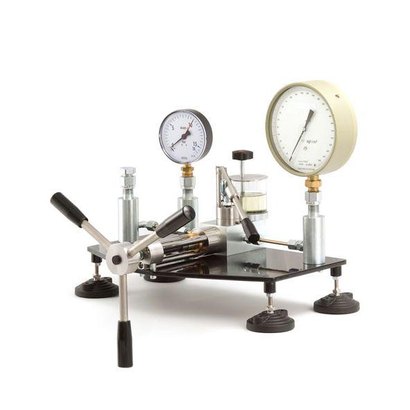 Гидравлическая установка сравнительной калибровки ГУСК